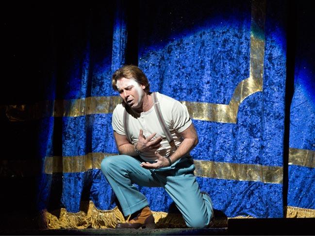 Exploring new opera vistas: Norma, Cavalleria Rusticana, and Pagliacci