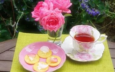 「バラのお茶」