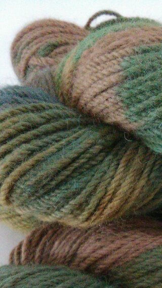 Green over fawn 4 skeins