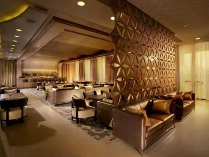 13_Lobby_Lounge
