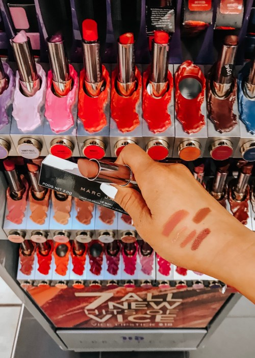 finding-the-perfect-pink-lipstick