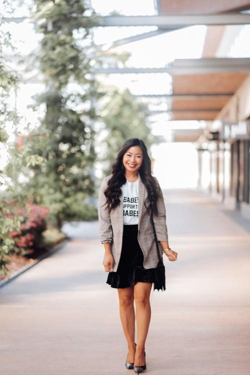 velvet-skirt-outfits