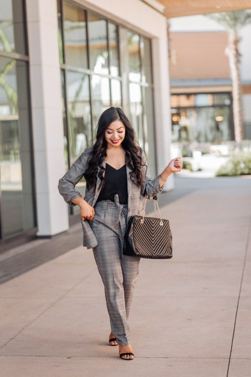 womens-work-outfits