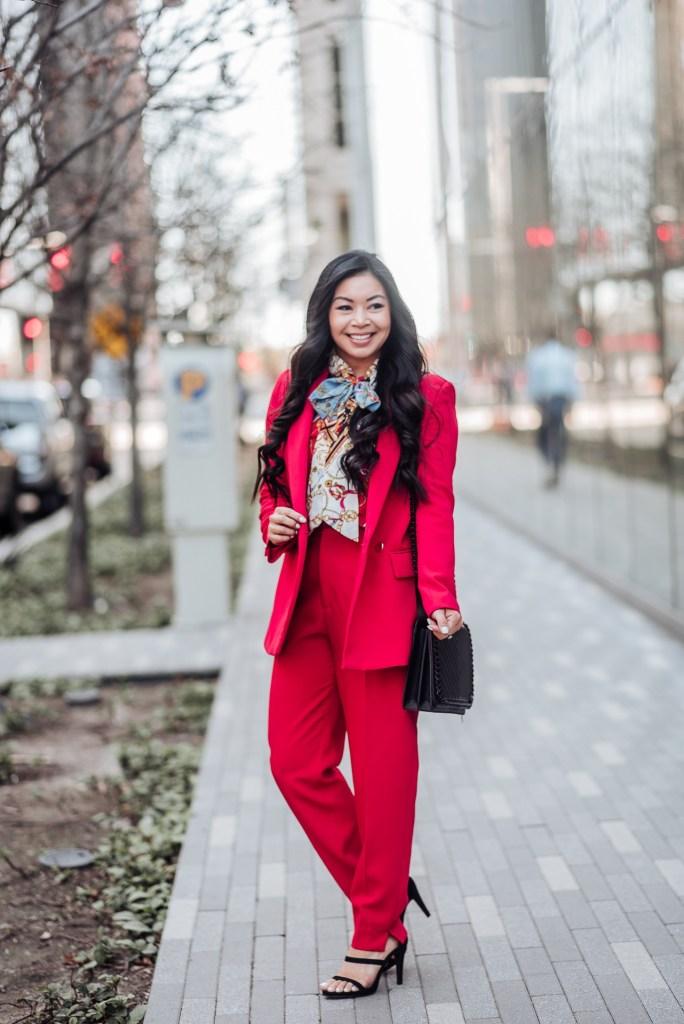 womens-pant-suit