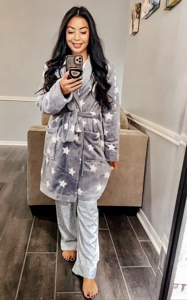 amazon-leopard-print-pajamas-star-print-robe