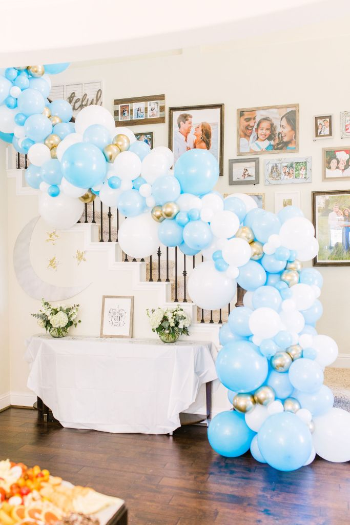 baby-shower-balloon-garland