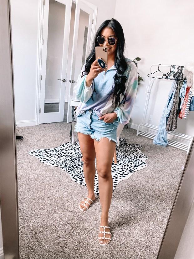 tie-dye-pullover