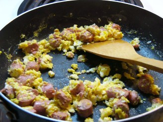 Scrambled Egg & Vienna Sausage Sandwich (4)