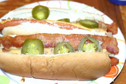 5-guy-hot-dog-9