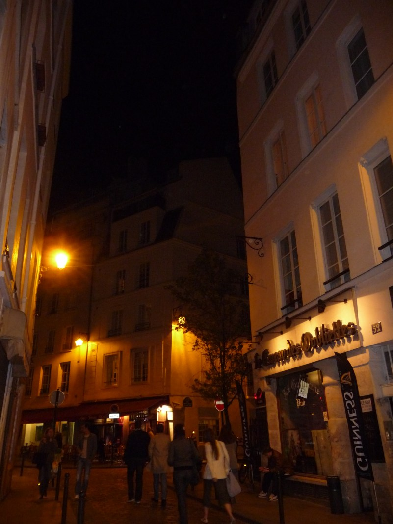 Exploring the Latin Quarter of Paris