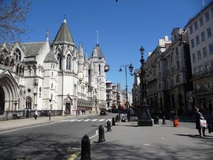 Entering Fleet Street London