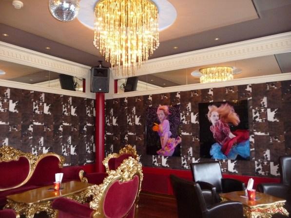 Bar with artwork Post Hotel Weggis