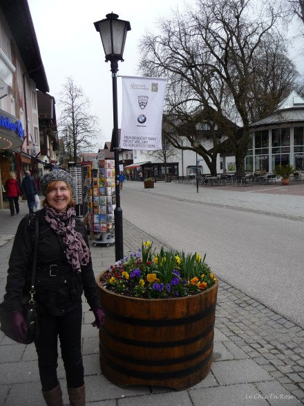 It was still rather a dreary day but the floral displays brightened things up!