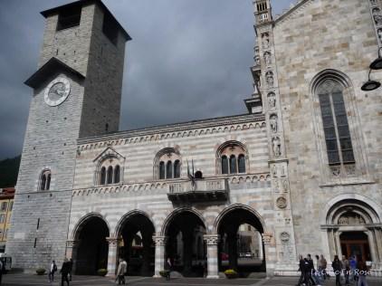 Como Duomo Facade