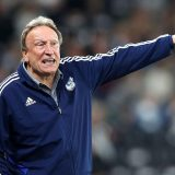 Sport: Neil Warnock a été nommé manageur de  Middlesbrough après la destitution de Jonathan  Woodgate