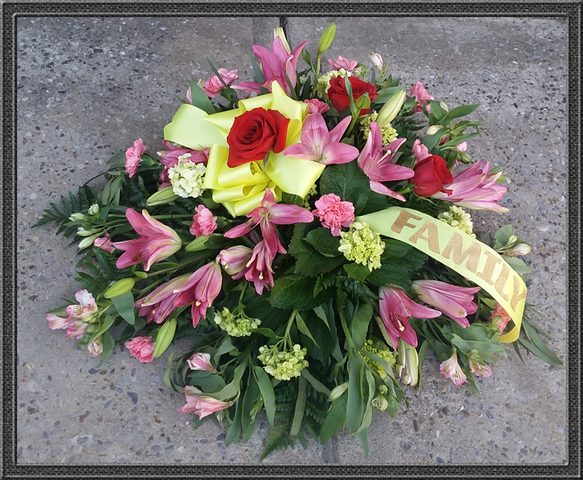 Affordable funeral flowers 315 823 7073 little falls ny sypathy and funeral flowers casket or ground spray solutioingenieria Choice Image