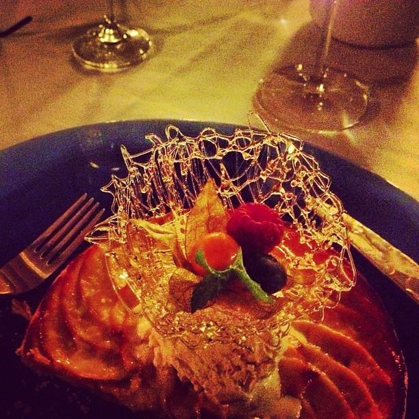 cena deliciosa postre