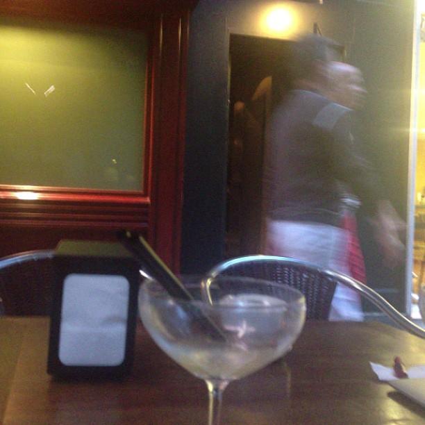 coctel en el bar