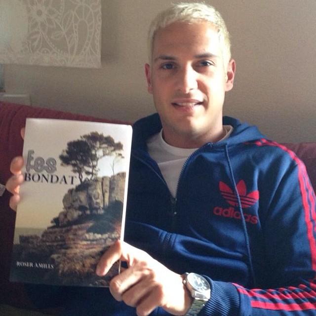 El Sisco Domínguez ja ha rebut el seu #fesbondat comprat per Amazon.es ;)) #feliçlectura !!!