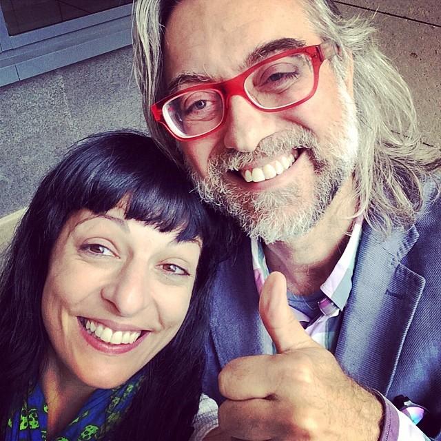 victor amela y roser amills selfie divertido