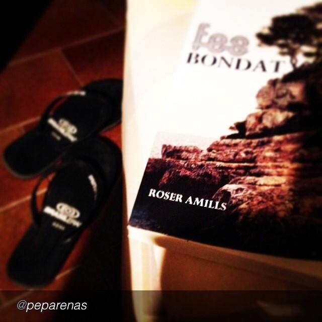 """:)) by @peparenas """"#Fí #Esplèndit #Fantàstic #fesbondat de @roseramills #estiu2014 #empordà Llegit la setmana de la mare de Déu d' #agost"""