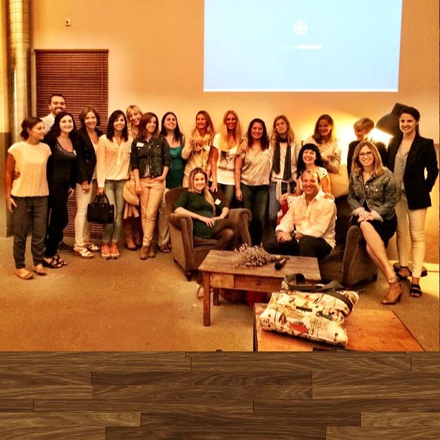 foto de grupo sergio haimovich y roser amills encuentro bloggers de bayer