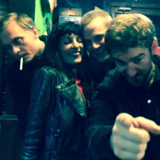 Amigos de la noche #otrobar