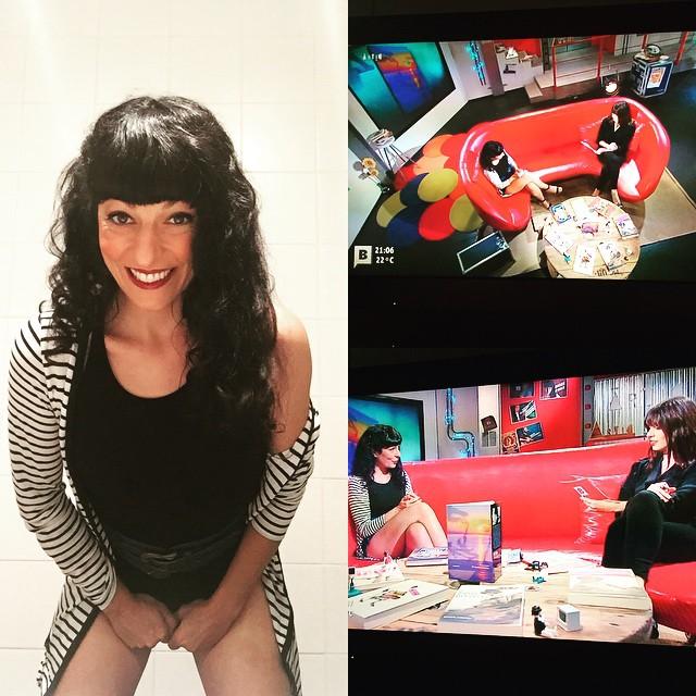 Us ho havia dit: ara EN DIRECTE a @BTVcat a @Artic_BTV un #amillspublicwc al lavabo del plató :))