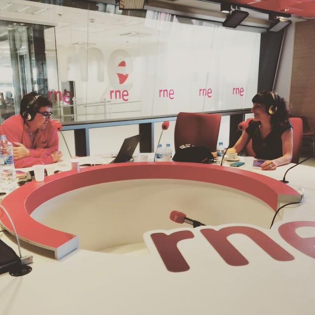 Ha sido delicioso conversar sobre #ErrolFlynn #elecuadordeulises con José Antonio García en @rne @estomesuena ;))