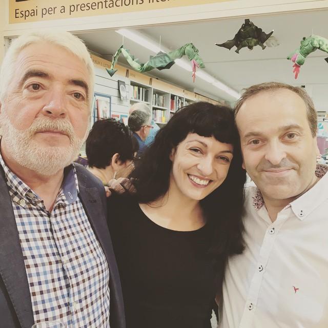 Ha sido un placer leer mis poemas con cava y alegría!!! #morbo #elecuadordeulises