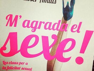 Repost from @nurishbm: Som-hi!!! ❤️ #magradaelsexe #llegir #lectura #nosgustaelsexo #megustaelsexo