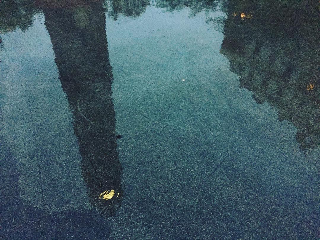 La plaza parece un lago!