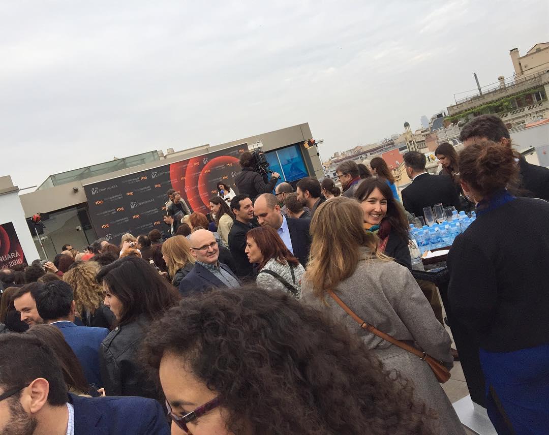Premis Continuará en Casa Fuster ;)) Inicio oficial del Sant Jordi 2016