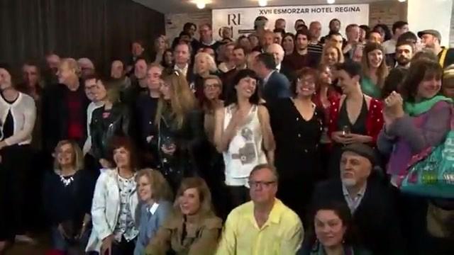 Aquí tenéis vídeo de la foto de grupo del desayuno de autores del Hotel Regina @ifbeditors
