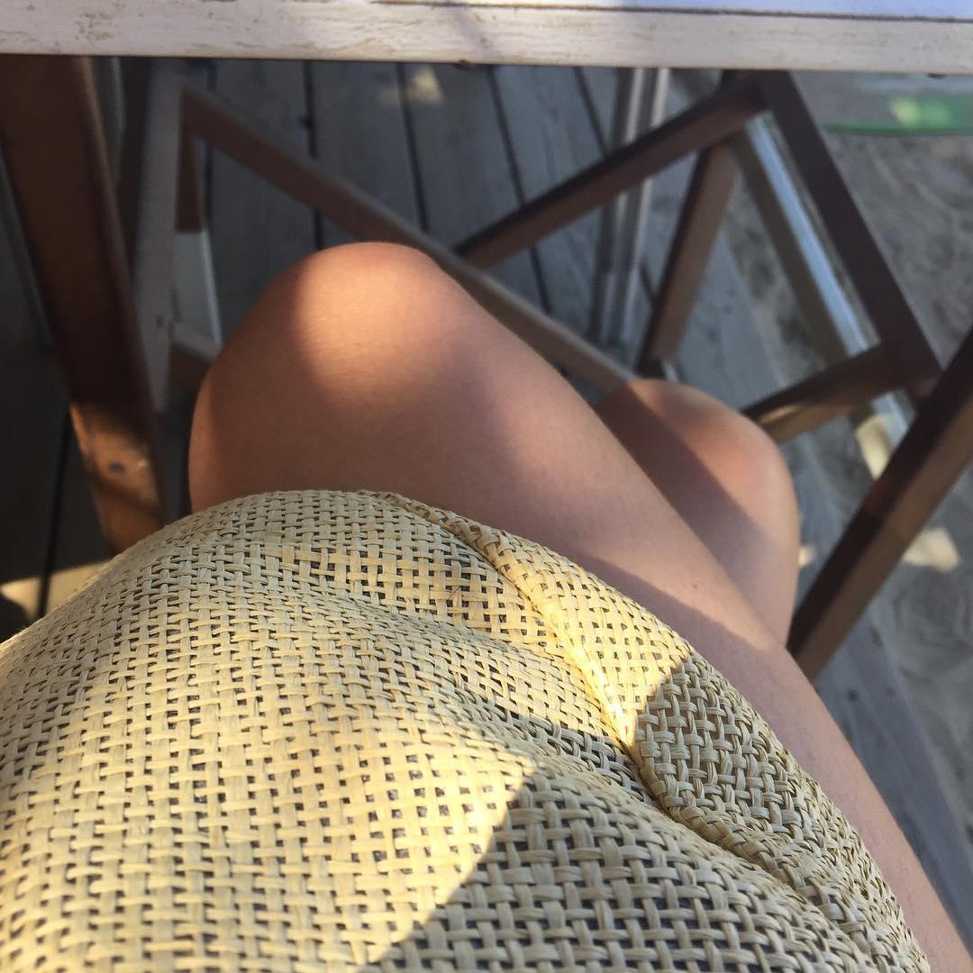 Cruzas las piernas en un chiringuito de playa y dices sí: hoy es un gran día ;))