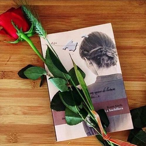 """#Repost de @afromarc86 Novela """"La bachillera"""".... """"Bachillera"""" era un mote peyorativo del siglo XVIII-XIX para mujeres que """"leían demasiado"""""""