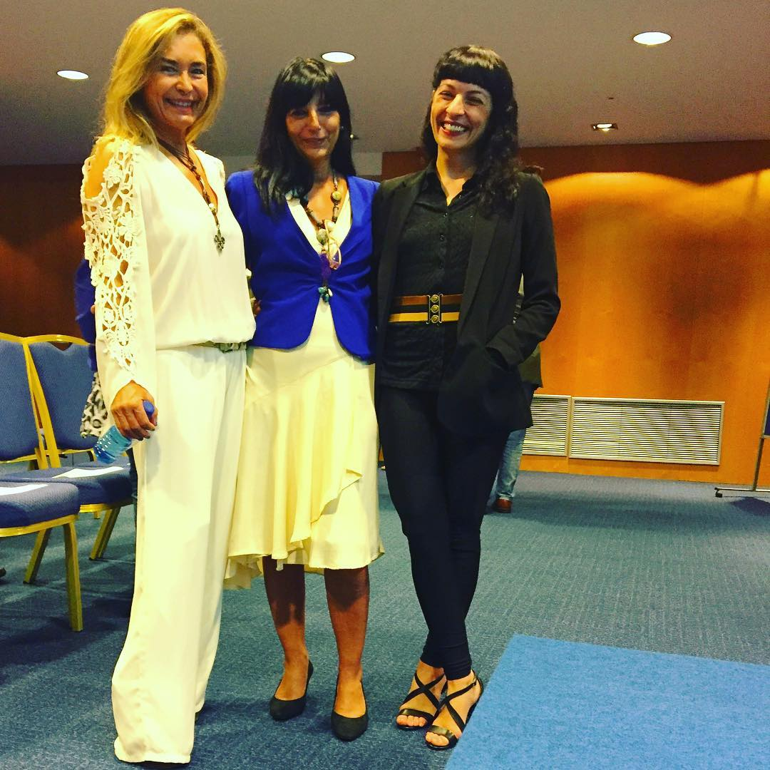 Qué ilusión que nos haya unido un libro: #consuelogarcíadelcidguerra autora, y @angie.arellano ángel ;)) #nuncarecordarehabermuerto