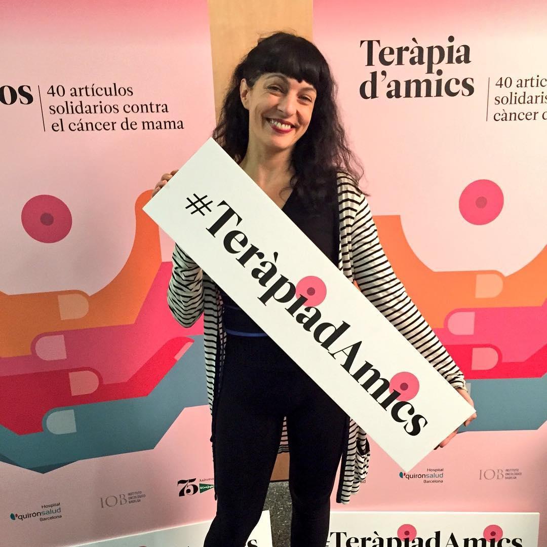 Presentamos #terapiadeamigos contra el #cancerdemama y podéis venir! #terapiadamics Presentem #TeràpiadAmics 10€ íntegres a recerca Càncer de Mama @quironsalud @elcorteingles #eresasombRosa #EciSeVisteDeRosa