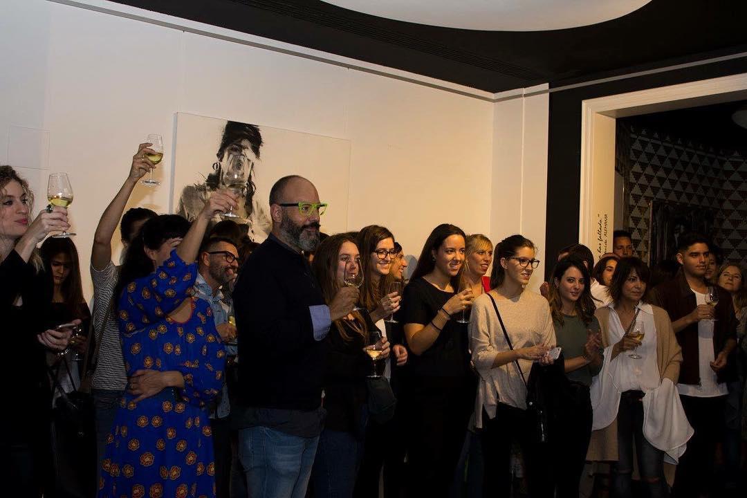 Así brindamos por los alumnos de @elisavabcn que fueron preseleccionados por @vinoafortunado #momentoafortunado