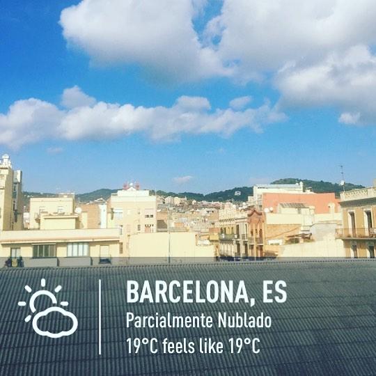 De momento, noviembre me gusta :)) #amillsmorning #bondia #buenosdias #goodmorning #morning #day #barcelona #barridegracia #daytime #sunrise #morn #awake #wakeup #wake #wakingup #ready #sleepy #sluggish #snooze #instagood #earlybird #algaida #photooftheday #gettingready #goingout #sunshine #instamorning #early #fresh #refreshed