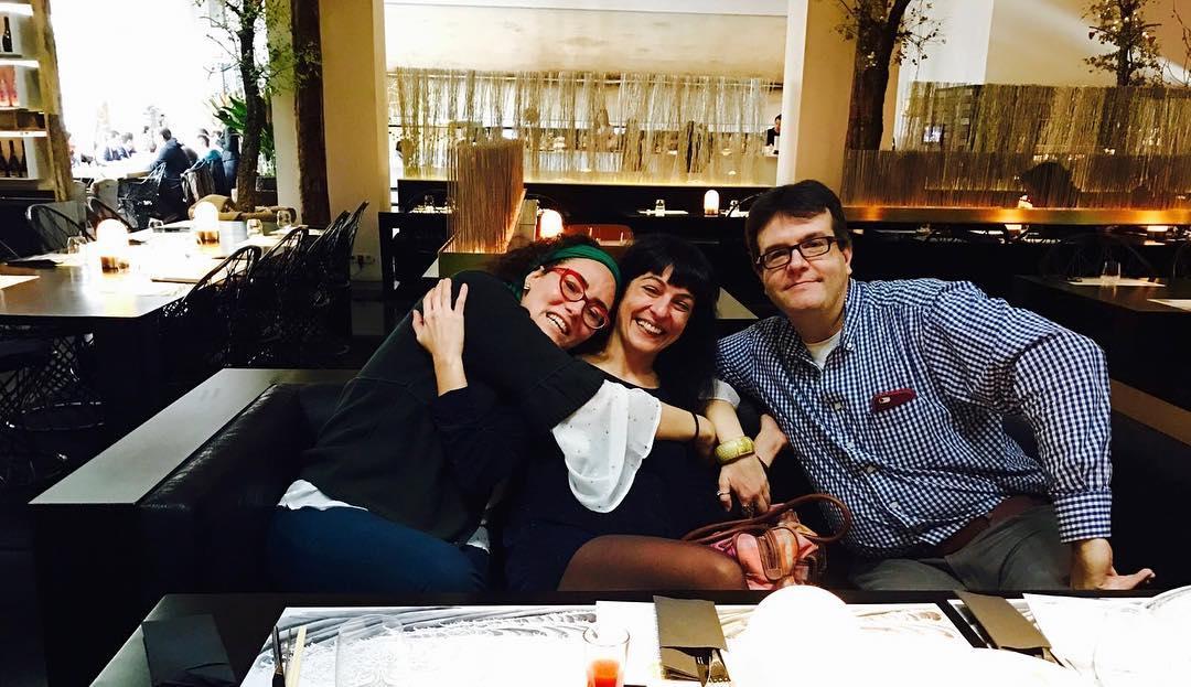 Me gusta mucho esta foto, os presento a Lucía Salcedo, a Marc y @espaisvida