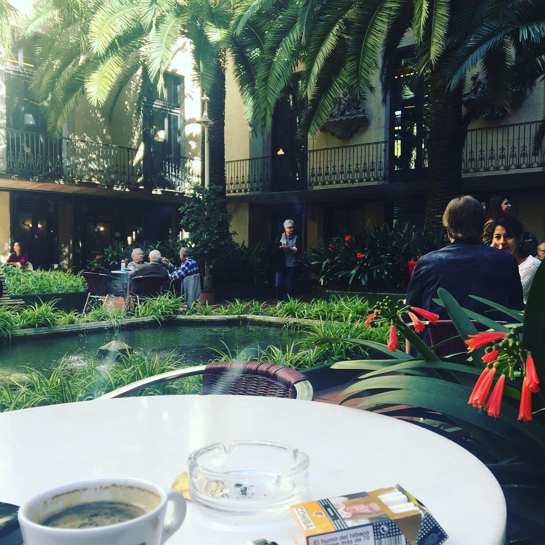 Relax a l'Ateneu Barcelonès, una associació fundada a Barcelona el 1860 (amb el nom inicial d' Ateneu Català) al carrer de la Canuda @ateneubcn