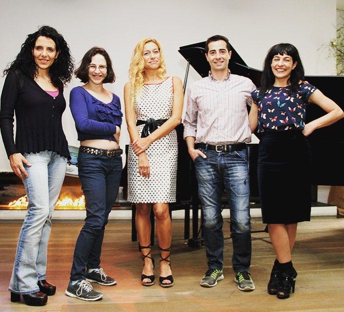 Fue muy bonito iniciar #santjordi2017 con María Escalas, Cristina Morales, @arantxacoca y Xavier Álvarez Llaberia en #espaisvida ;))