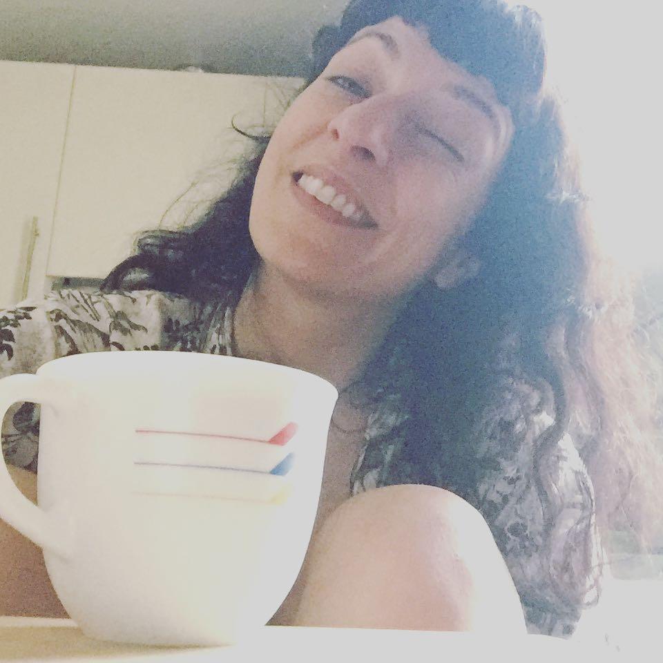 La suerte es la sonrisa de lo desconocido. Etienne Rey #amillsmorning #bondia #buenosdias #goodmorning #morning #day #barcelona #barridegracia #daytime #sunrise #morn #awake #wakeup #wake #wakingup #ready #sleepy #sluggish #snooze #instagood #earlybird #algaida #photooftheday #gettingready #goingout #sunshine #instamorning #early