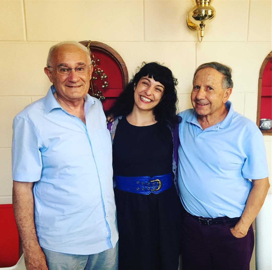 Os presento a don Juan y don Gabriel, mis profesores de Lengua y Matemáticas de primaria:))