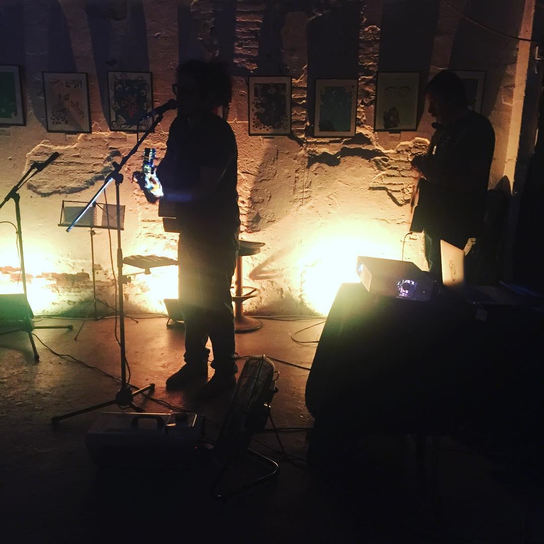 Y concierto en La Felpa