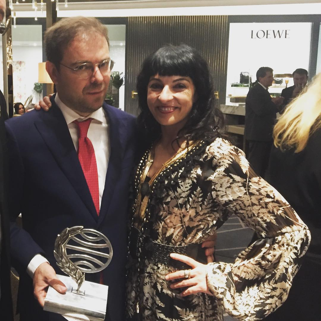 roser amills #premioplaneta2017, @javiersierraoficial 📚