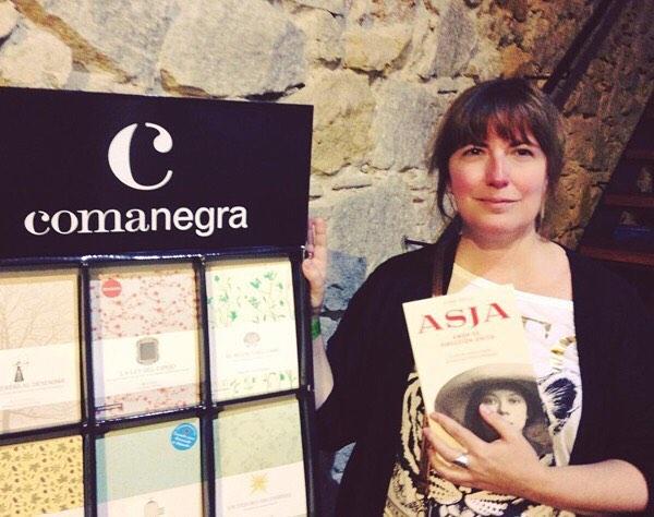 """Gràcies a tu, @pepibaulo #Repost: Presentación del libro de @roseramills """"Asja"""" inspirado en la vida de Asja Lacis mujer de teatro, agitadora cultural, luchadora social, compañera de viaje de Walter Benjamin"""
