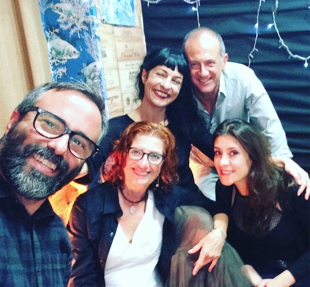 Gràcies #radioarenys !!! Ja podeu escoltar l'entrevista que en van fer, a la llista de podcasts del programa #mediterrania Vam parlar molt de #asjalacis & #walterbenjamin, la nova novel.la que acaba de publicar @comanegra