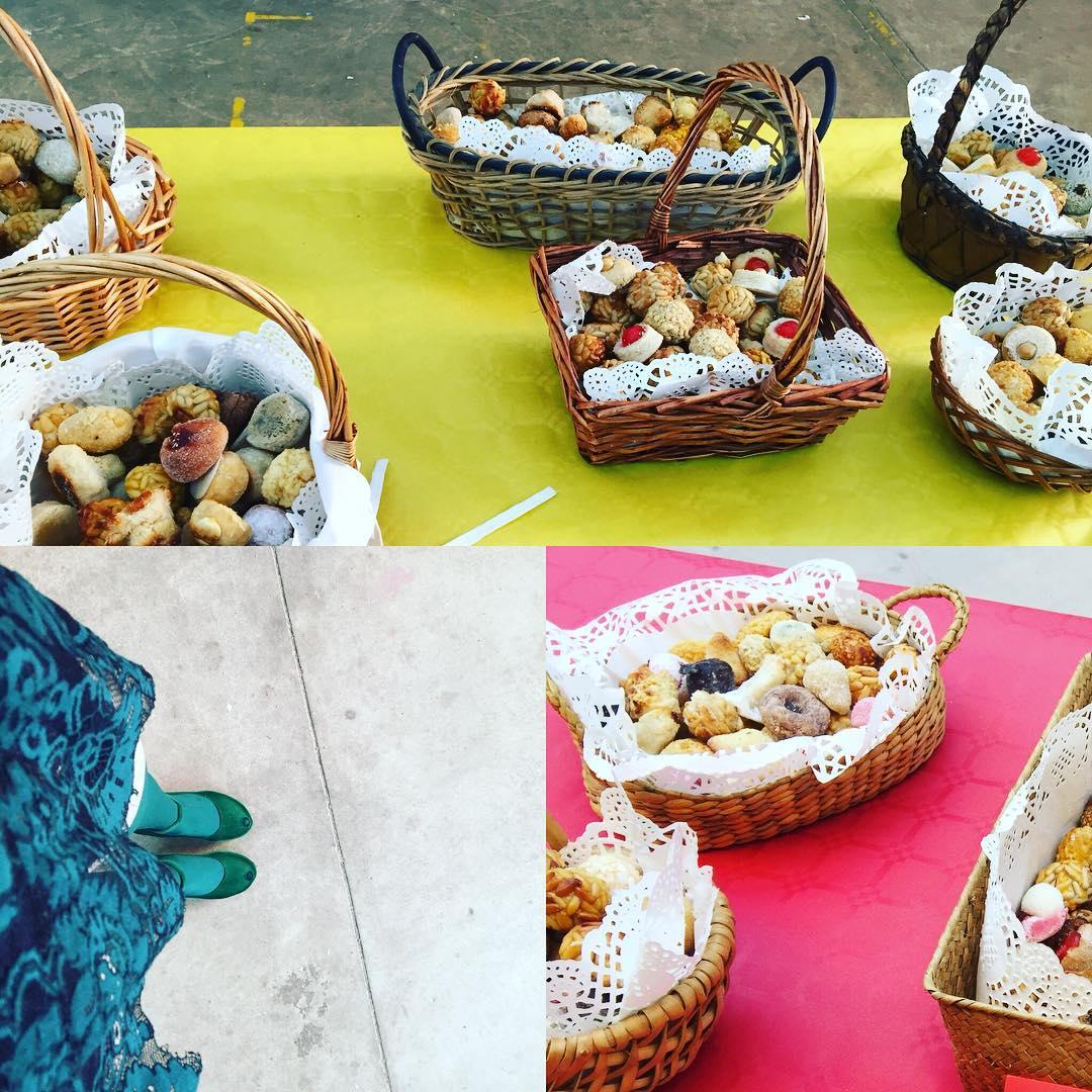A l'escola del meu petit avui no falten els panellets! Bona castanyada!🍂🍁 #panellets #food #foodie #foodphotography #foodblogger #foodstagram #foodstyling #castanyada #castañada #halloween #tradicions #catalunyaexperience #somgastronomia #gastronomia #totssants #cuina #gastroblogger #igers #instagramers #instagram #instafood #hautecuisines